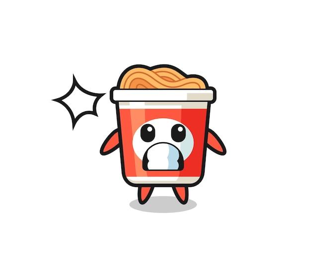 Мультяшный персонаж с лапшой быстрого приготовления с шокированным жестом, милый стильный дизайн для футболки, наклейки, элемента логотипа