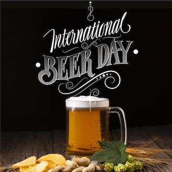 Giornata internazionale della birra lettering concetto
