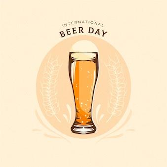 Международный день пива с пивной чашкой