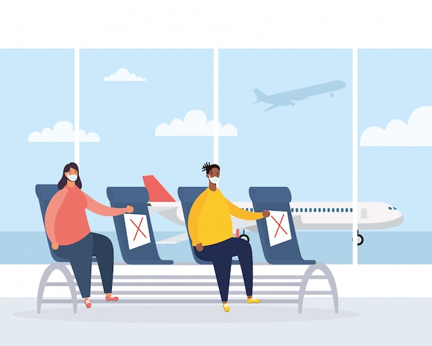 Межрасовая пара путешественников в зале ожидания аэропорта