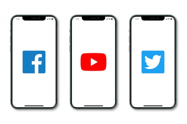 Iphone с логотипом социальных сетей на экране