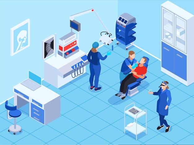 Composizione isometrica medico ent con vista interna della stazione medica e personaggi di otorinolaringoiatri con paziente