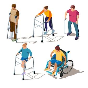 脚の怪我、骨折やひび割れ、足の骨折、整形外科の問題を抱える等尺性の人々。松葉杖、歩行器、車椅子のキャラクター、スティック付き。筋骨格系障害のリハビリテーション