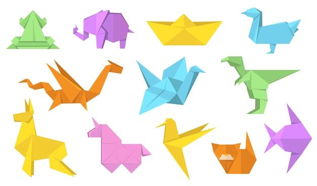日本の折り紙動物フラットイラストセット。漫画ポリゴン紙馬、ウサギ、鳥、カエル、魚、猫の孤立したベクトルイラストコレクション。現代の趣味とリラクゼーションの概念