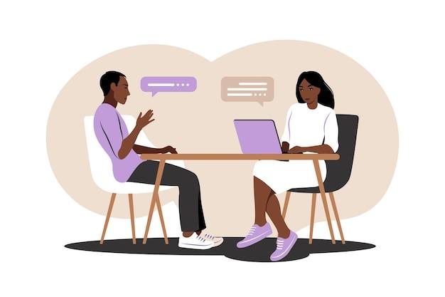 Беседа на собеседовании. встреча африканского менеджера по персоналу и кандидата на работу для собеседования. иллюстрация. плоский.