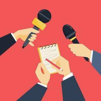 ジャーナリストのコンセプト。マイクを持っている手。記者インタビュー