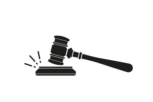 裁判官のガベル。裁判官は、木製のスタンドを備えた、判決と請求書の裁定のためのガベルハンマーを使用します。法と正義の概念。木製オークションハンマー
