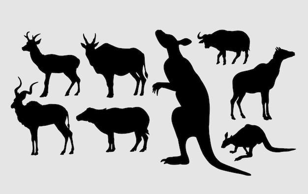 カンガルー、水牛、鹿の飼育動物のシルエット