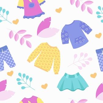 子供の衣料品店のシームレスなパターン。かわいい色のスカート、ジャンパー、パンツ。ベクトルイラスト