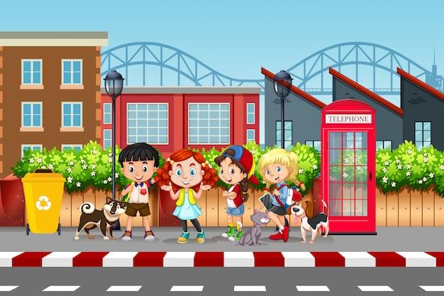 子供とペットの通りの風景
