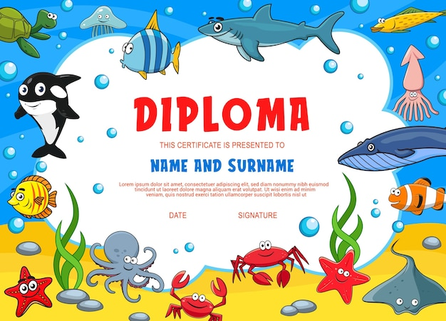 水中動物と子供の卒業証書。かわいい漫画のタコ、ヒトデ、イカまたはカニ、白いキラーまたはサメの幼稚園証明書。エンゼルフィッシュ、カメとクラゲ、子供の卒業証書