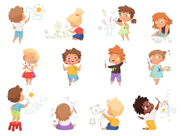 Детские художники. брызги краски на детской одежде с поддонами и цветными кистями, держащими персонажей. иллюстрация детский рисунок мультяшного изображения, счастливые дети с цветными карандашами