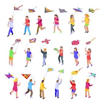 Дети играют с набором иконок кайт. изометрические набор детей, играющих с иконками воздушных змеев для интернета