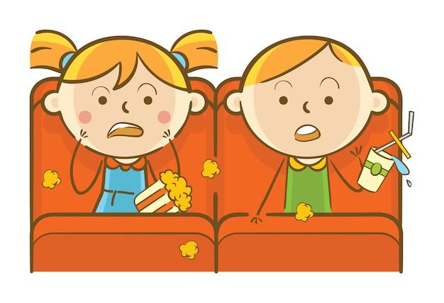 Дети смотрят фильм ужасов