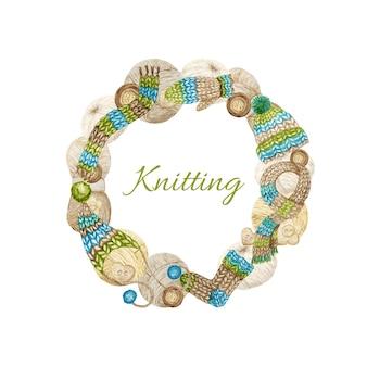 編み物店のロゴタイプフレーム、ブランディング、毛糸のアバター構成、ウールの服、スカーフ、ミトン、ポンポン付きキャップ、ボタン。手作りのニット工芸品、趣味のロゴの水彩ボーダーイラスト。