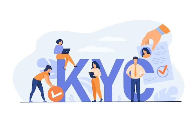 고객 개념을 파악하십시오. 연구를 수행하고 고객 설문 조사를 수집하고 위험을 분석하는 마케팅 팀. kyc 거대한 편지 근처에서 노트북과 문서를 사용하는 비즈니스 그룹