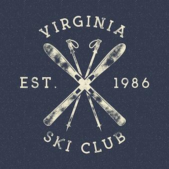 Зимние виды спорта, лыжный клуб label. урожай горный зимний лагерь исследователь значок. открытый приключенческий логотип.