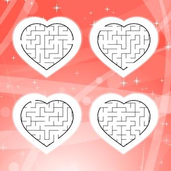 Лабиринт с черной обводкой. формы сердца