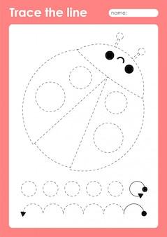 Божья коровка - дошкольный рабочий лист для детей с тонкой трассировкой