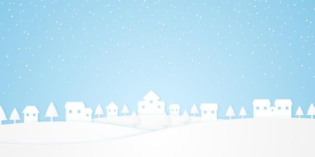 Пейзаж, замок на холме с деревьями и снегопадом в зимний сезон, стиль бумажного искусства