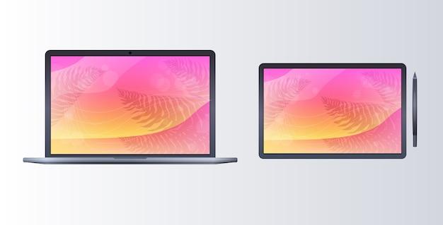 Ноутбук и планшет с цветными экранами, реалистичный макет гаджетов и концепт устройств
