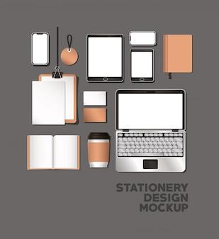Планшет для ноутбука и макет на сером фоне