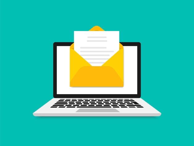 Ноутбук с конвертом и документом на экране