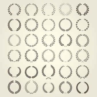 さまざまなスタイルの月桂樹の花輪コレクション