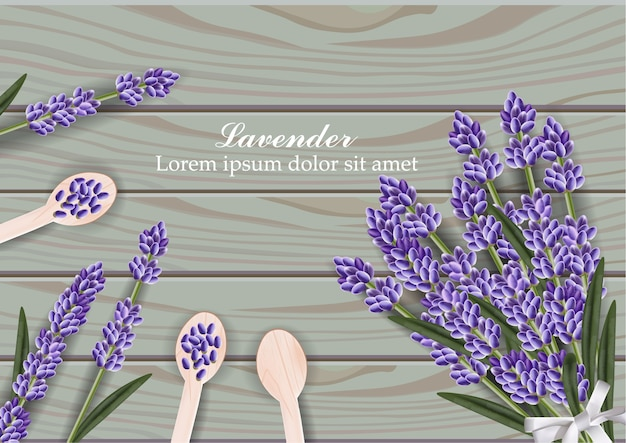 Букет из цветов лаванды на деревянном фоне