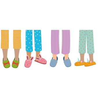 Ноги девушек в пижамах и тапочках