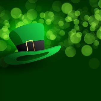 緑色の背景でレプラコーン帽子