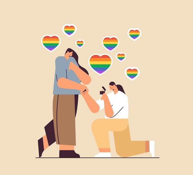 약혼 반지 트랜스 젠더 사랑 lgbt 커뮤니티 개념 전체 길이 벡터 일러스트와 함께 무릎을 꿇고 여성에게 제안하는 레즈비언