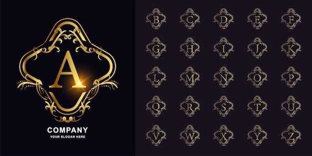 편지 a 또는 고급 장식 꽃 프레임 황금 로고 템플릿이 있는 컬렉션 초기 알파벳입니다.