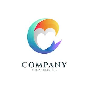 하트 또는 사랑 모양이 있는 문자 c 로고