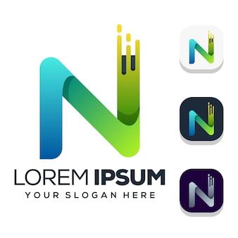 白で隔離の文字nのロゴのデザイン