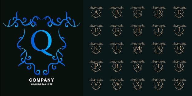 편지 q 또는 고급 장식 꽃 프레임 황금 로고 템플릿이 있는 컬렉션 초기 알파벳입니다.