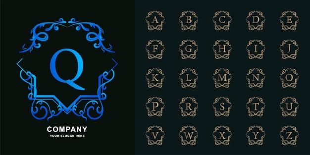 편지 q 또는 컬렉션 초기 알파벳 럭셔리 장식 꽃 프레임 황금 로고 템플릿.