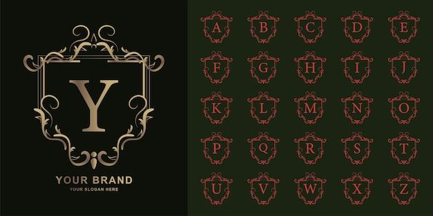편지 y 또는 럭셔리 장식 꽃 프레임 황금 로고 템플릿 컬렉션 초기 알파벳.