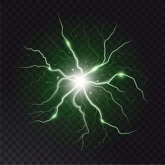稲妻の閃光と火花。落雷と火花、暗い透明な背景の電気エネルギー。