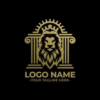 Голова льва в центре столба логотип вектор