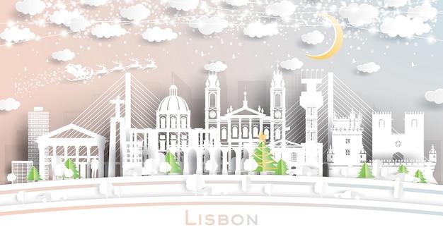 Горизонт города португалии лиссабон в стиле вырезки из бумаги со снежинками, луной и неоновой гирляндой. векторные иллюстрации. рождество и новый год концепция. дед мороз на санях.