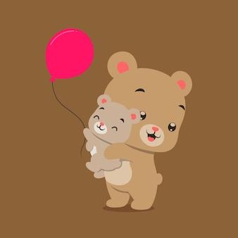 Маленький медведь играет и поднимает медвежонка с красными воздушными шарами