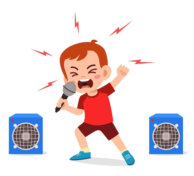 Маленький мальчик поет песню на сцене и кричит