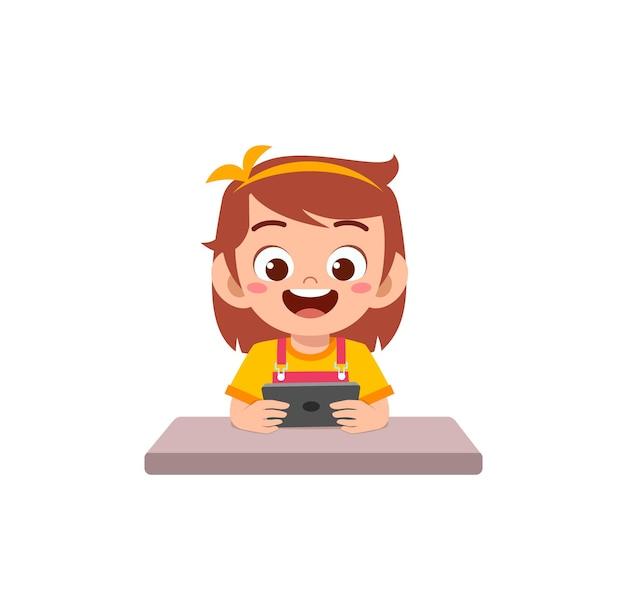 휴대 전화와 웃음을 사용하는 어린 소녀
