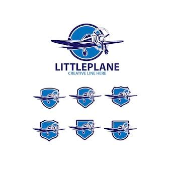 小さな飛行機のロゴセット
