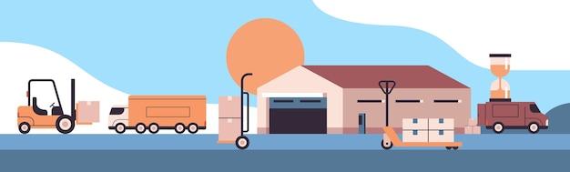 Логистический транспорт возле склада загрузка картонных коробок продукт доставка товаров концепция службы экспресс-доставки