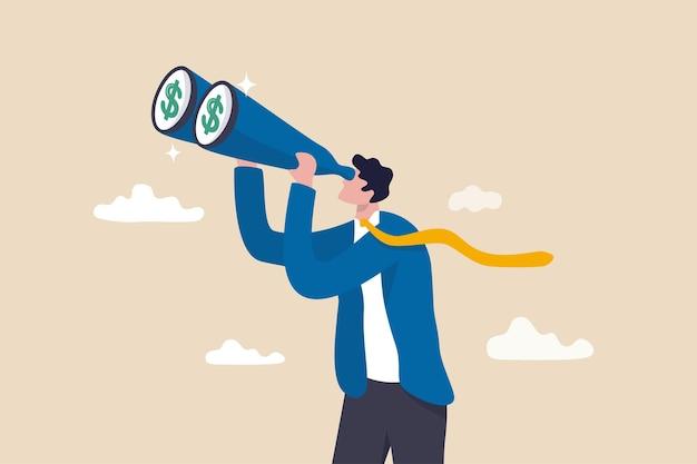 В поисках инвестиционных возможностей, мечтателей о деньгах, в поисках доходности, дивидендов или прибыли в концепции фондового рынка, богатый бизнесмен-инвестор смотрит в бинокль, чтобы увидеть денежный знак доллара.