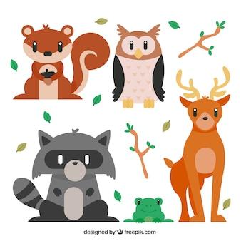 Прекрасные лесные животные в плоской конструкции
