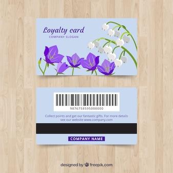 花のスタイルと素敵なロイヤリティカードのテンプレート