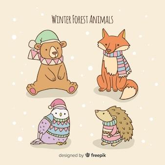 Прекрасный набор рисованных зимних животных